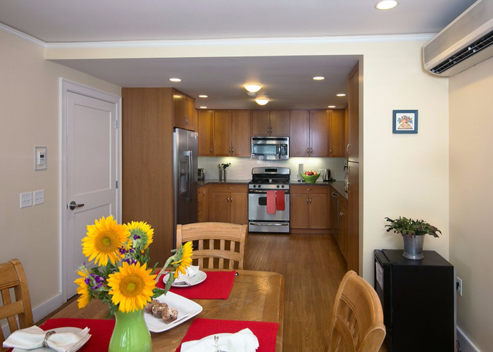 Spacious Eat-In Kitchen